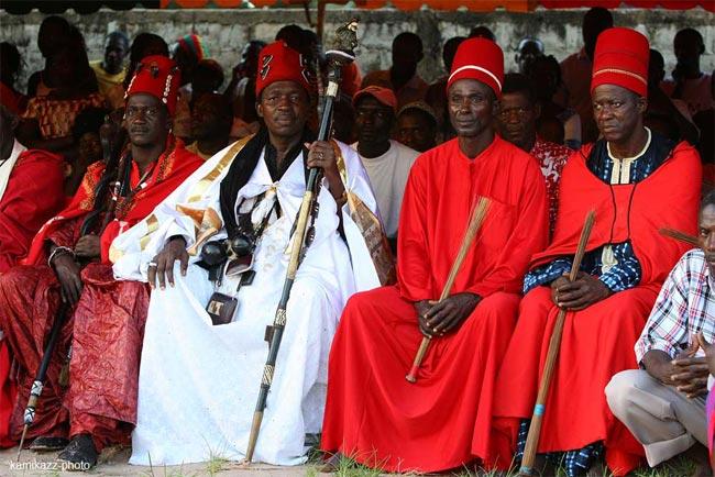 Puissant Marabout Kokouvi Roi Des Esprits Roi du Culte Vaudou.